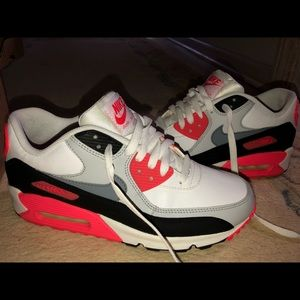 Nike Airmax Infared Youth size 7